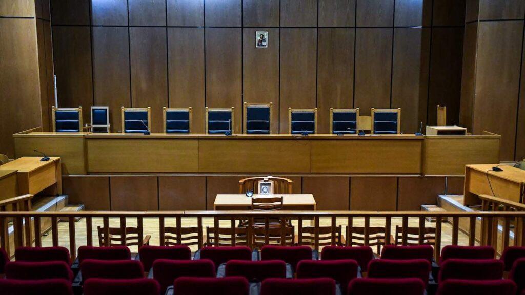 Το κράτος των δικαστών: Δικαστές νομοθέτες